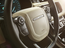 Фото авто Land Rover Range Rover Sport 2 поколение, ракурс: рулевое колесо