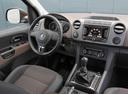 Фото авто Volkswagen Amarok 1 поколение, ракурс: торпедо