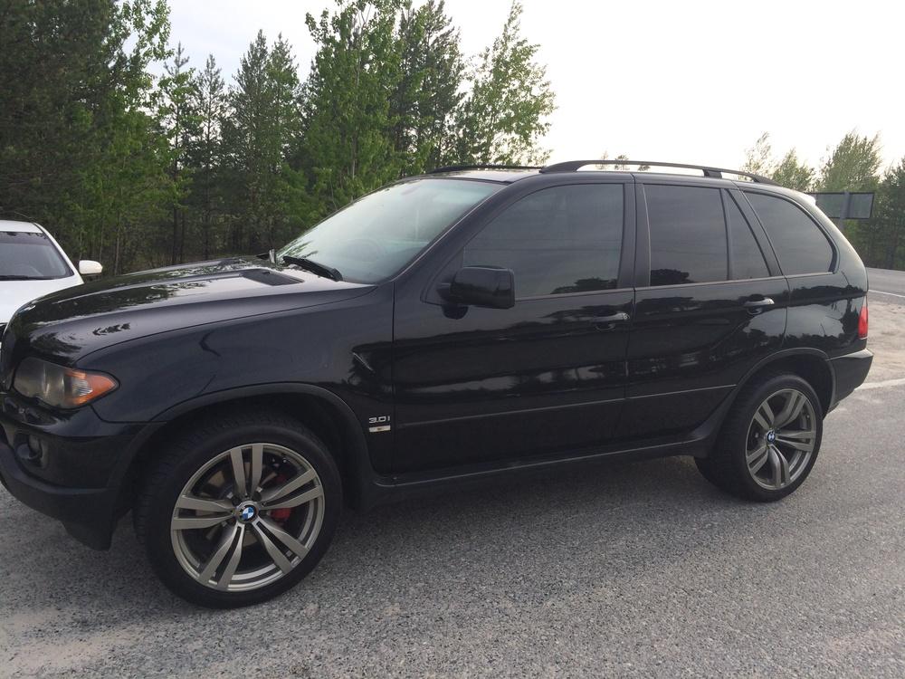 Подержанный BMW X5, отличное состояние, черный металлик, 2005 года выпуска, цена 900 000 руб. в ао. Ханты-Мансийском Автономном округе - Югре