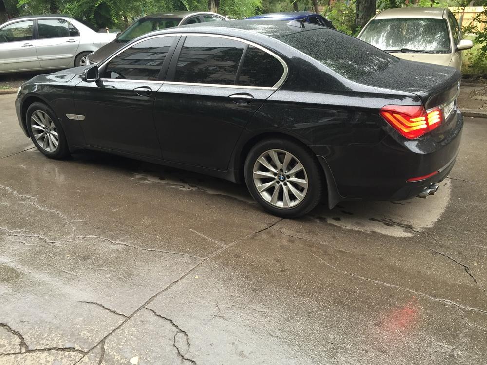 Подержанный BMW 7 серия, отличное состояние, черный металлик, 2014 года выпуска, цена 3 400 000 руб. в Челябинской области