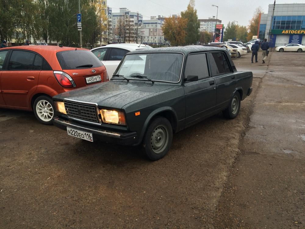 Подержанный ВАЗ (Lada) 2107, хорошее состояние, зеленый , 2011 года выпуска, цена 100 000 руб. в республике Татарстане