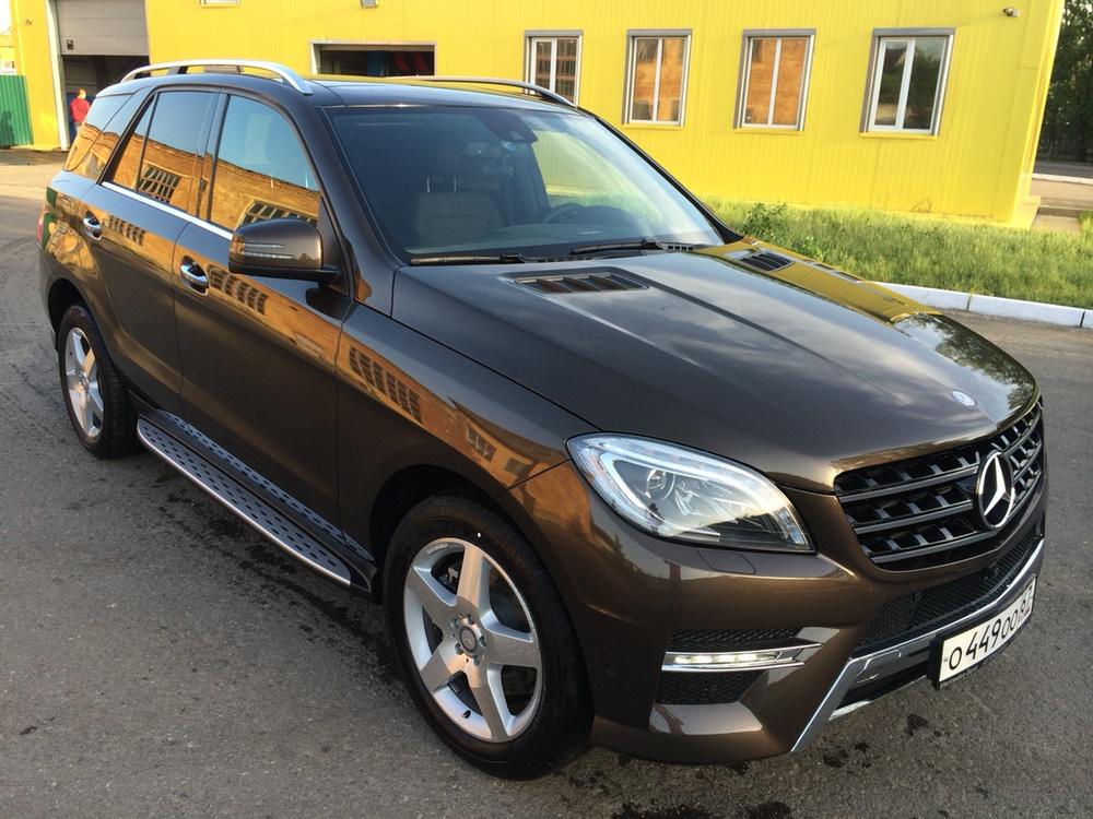 Подержанный Mercedes-Benz M-Класс, отличное состояние, коричневый металлик, 2014 года выпуска, цена 3 190 000 руб. в Смоленской области