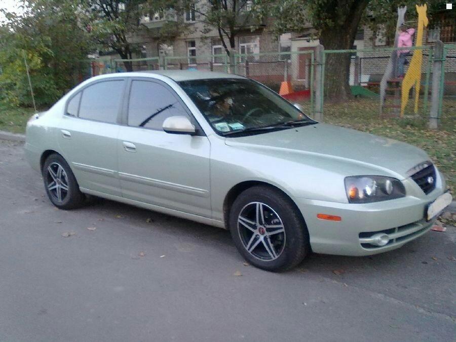 Подержанный Hyundai Elantra, отличное состояние, салатовый металлик, 2004 года выпуска, цена 265 000 руб. в ао. Ханты-Мансийском Автономном округе - Югре