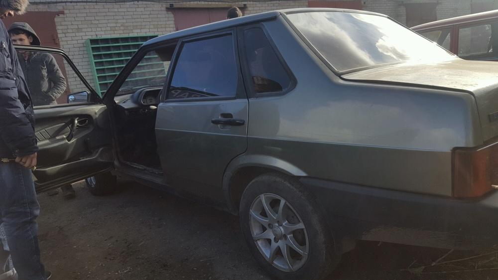 Подержанный ВАЗ (Lada) 2109, хорошее состояние, золотой , 2001 года выпуска, цена 45 000 руб. в республике Татарстане