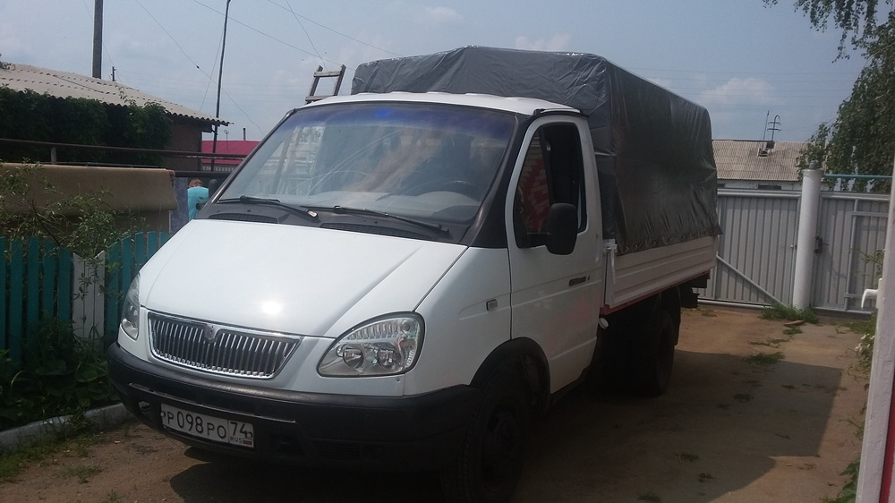 Подержанный ГАЗ Газель, хорошее состояние, белый , 2003 года выпуска, цена 140 000 руб. в Челябинской области