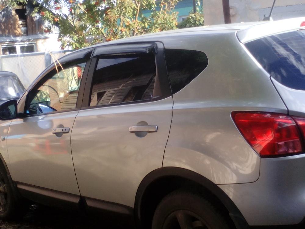 Подержанный Nissan Qashqai, отличное состояние, серебряный металлик, 2008 года выпуска, цена 580 000 руб. в Челябинской области