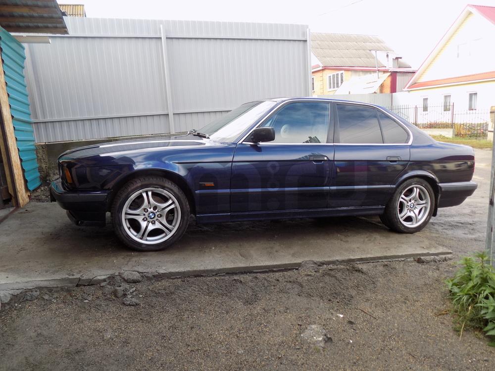 Подержанный BMW 5 серия, хорошее состояние, синий , 1994 года выпуска, цена 250 000 руб. в Челябинской области