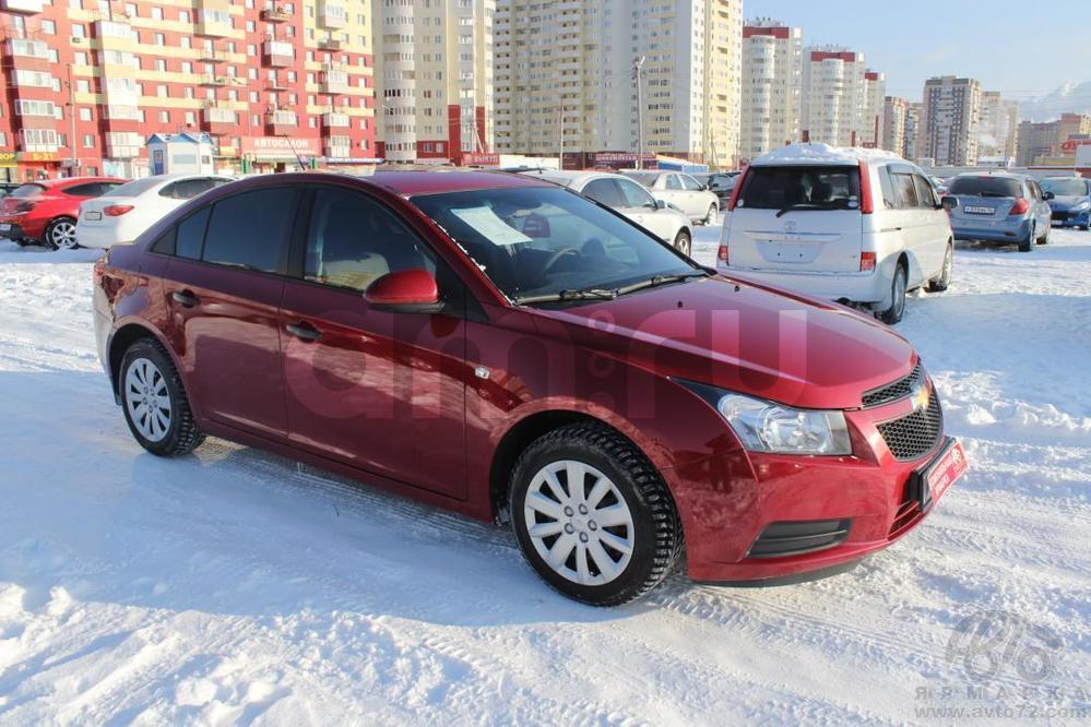 Chevrolet Cruze с пробегом, красный , отличное состояние, 2011 года выпуска, цена 455 000 руб. в автосалоне Автомобильная Ярмарка (Тюмень, ул. Пермякова, д. 85)