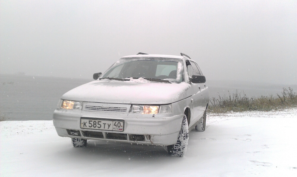Подержанный ВАЗ (Lada) 2111, хорошее состояние, серебряный , 2004 года выпуска, цена 100 000 руб. в Челябинской области