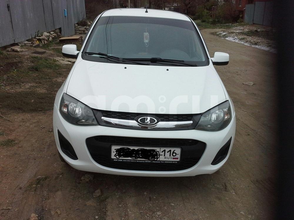 Подержанный ВАЗ (Lada) Kalina, хорошее состояние, белый , 2013 года выпуска, цена 280 000 руб. в республике Татарстане