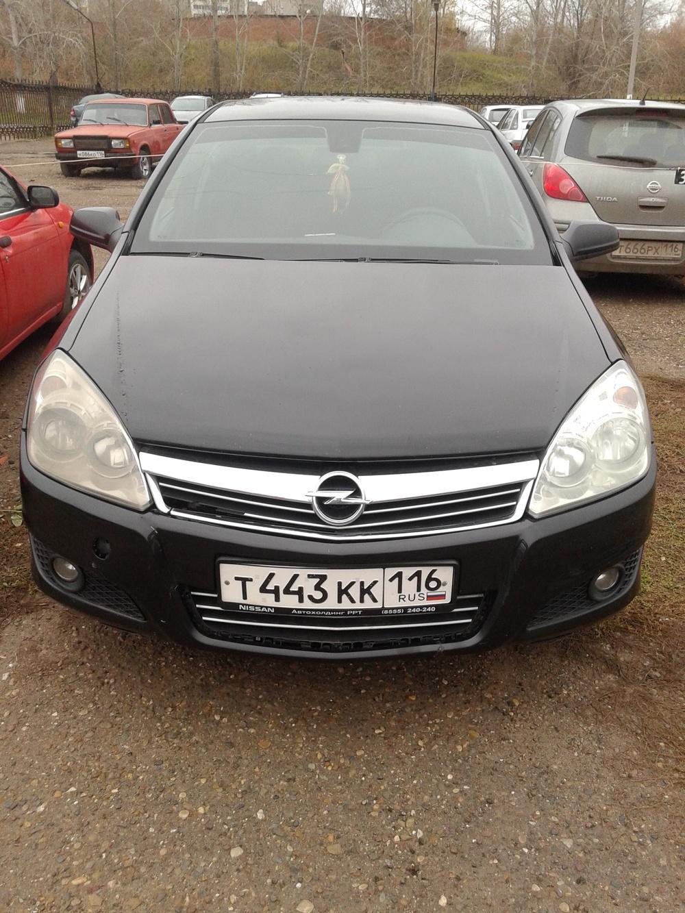 Подержанный Opel Astra, хорошее состояние, черный , 2008 года выпуска, цена 320 000 руб. в республике Татарстане