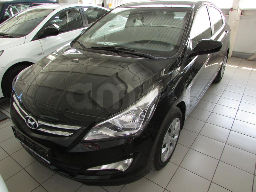 Hyundai Solaris с пробегом, черный перламутр, отличное состояние, 2016 года выпуска, цена 666 000 руб. в автосалоне ОЗОН АВТО (Ростов-на-Дону, ул. Вавилова, д. 67В)