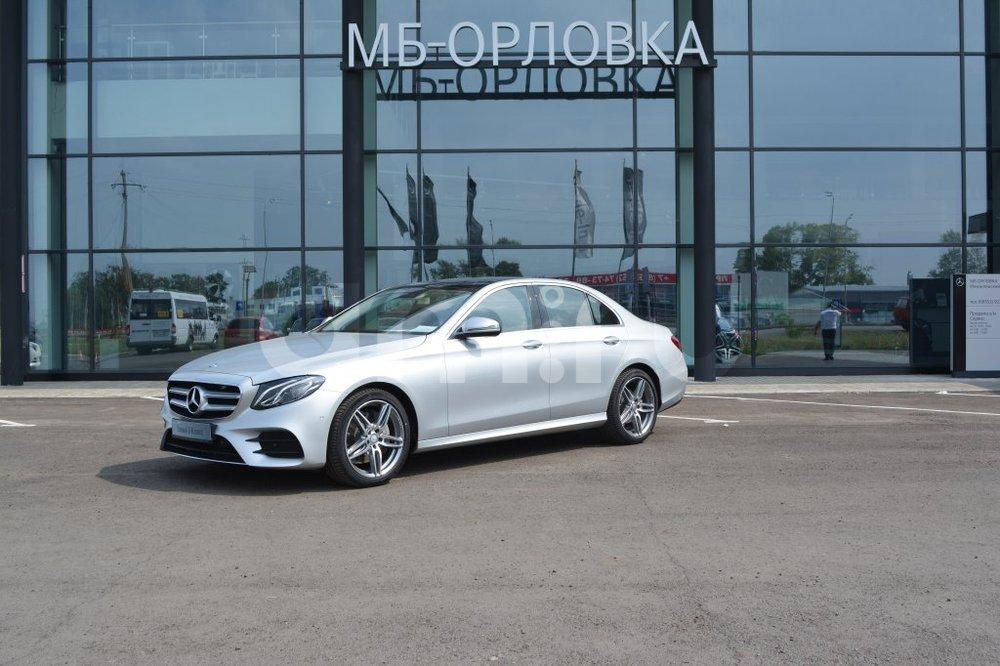 Новый авто Mercedes-Benz E-Класс, серебряный металлик, 2016 года выпуска, цена 2 990 000 руб. в автосалоне МБ-Орловка (Набережные Челны, тракт Мензелинский, д. 24)