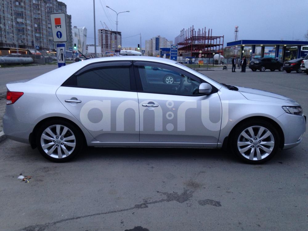 Подержанный Kia Cerato, отличное состояние, серебряный , 2012 года выпуска, цена 680 000 руб. в ао. Ханты-Мансийском Автономном округе - Югре