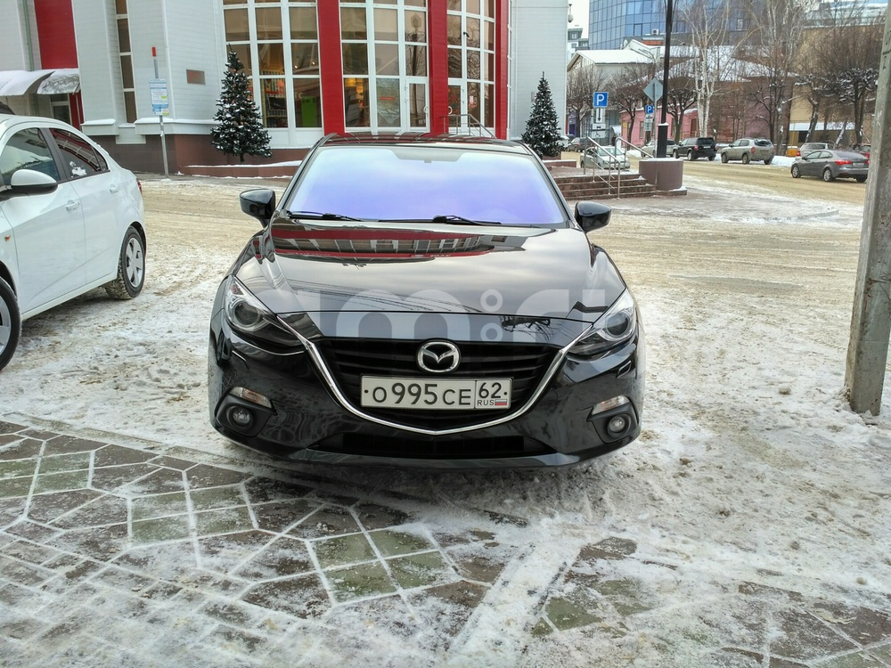 Подержанный Mazda 3, отличное состояние, черный металлик, 2014 года выпуска, цена 845 000 руб. в Рязани