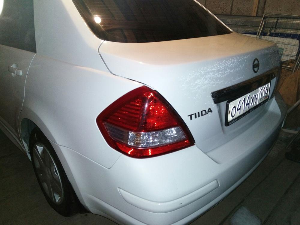 Подержанный Nissan Tiida, отличное состояние, белый , 2012 года выпуска, цена 600 000 руб. в республике Татарстане