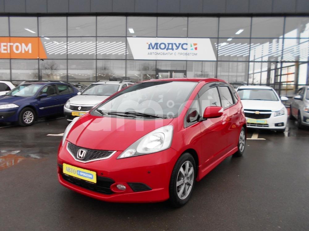 Honda Jazz с пробегом, красный , отличное состояние, 2009 года выпуска, цена 450 000 руб. в автосалоне  ()