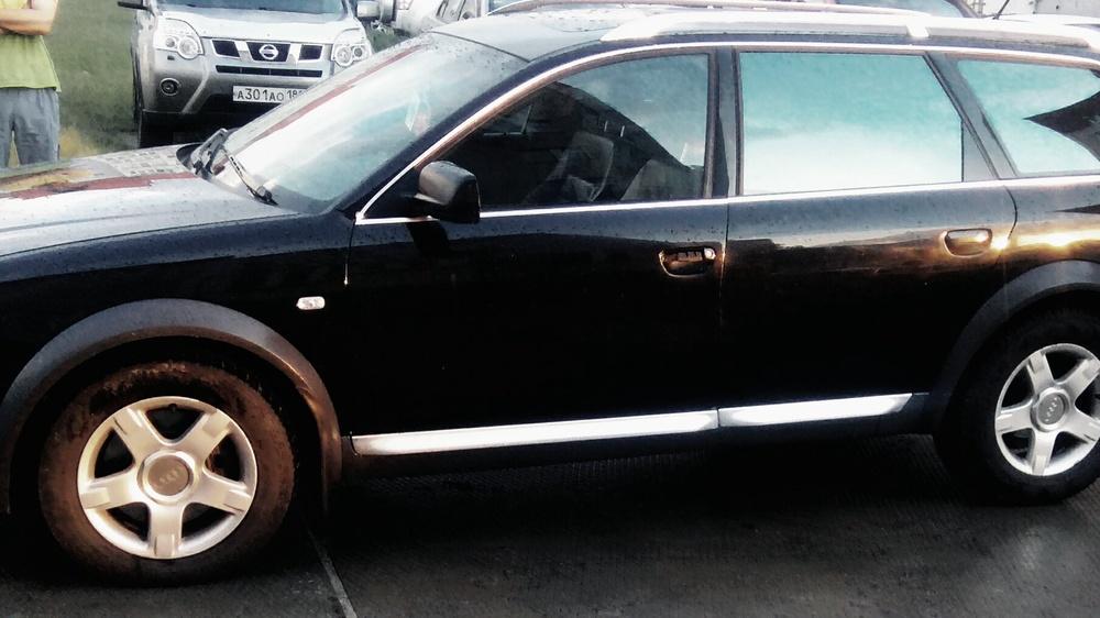 Подержанный Audi A6, хорошее состояние, черный , 2002 года выпуска, цена 320 000 руб. в ао. Ханты-Мансийском Автономном округе - Югре