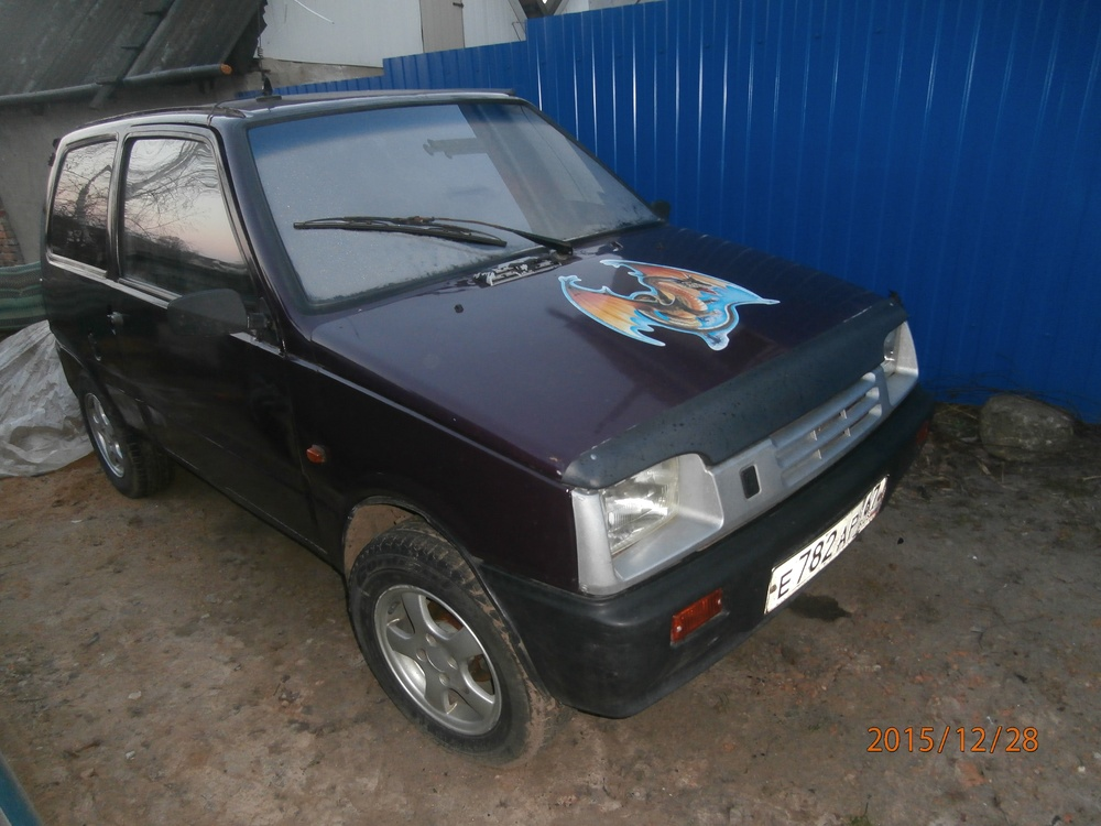 Подержанный ВАЗ (Lada) 1111 Ока, хорошее состояние, вишневый , 2002 года выпуска, цена 50 000 руб. в Смоленской области