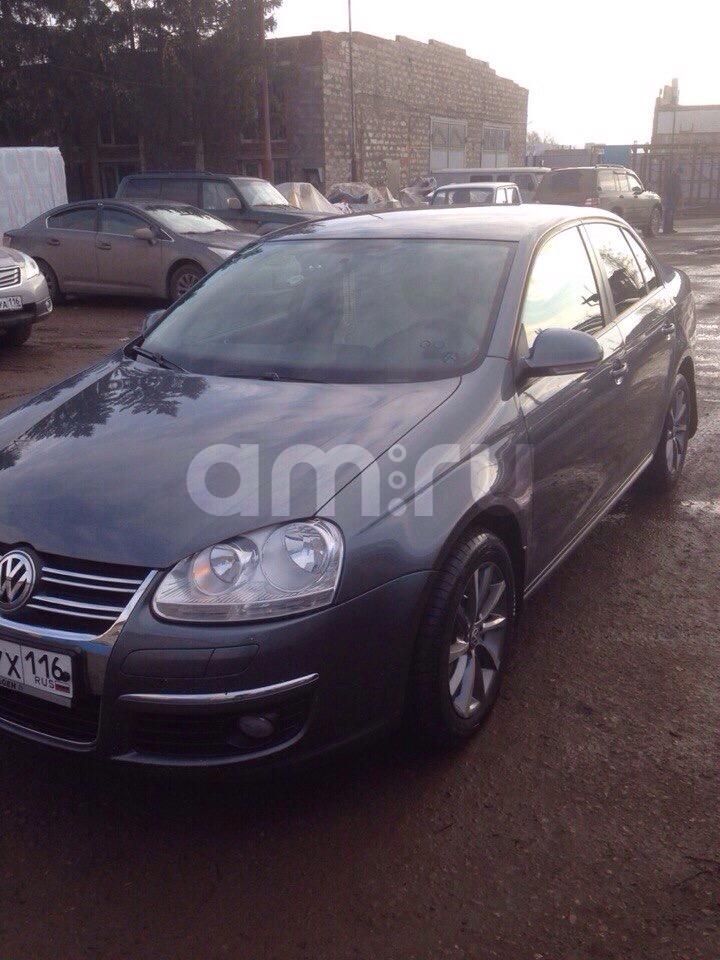 Подержанный Volkswagen Jetta, хорошее состояние, серый , 2010 года выпуска, цена 450 000 руб. в республике Татарстане