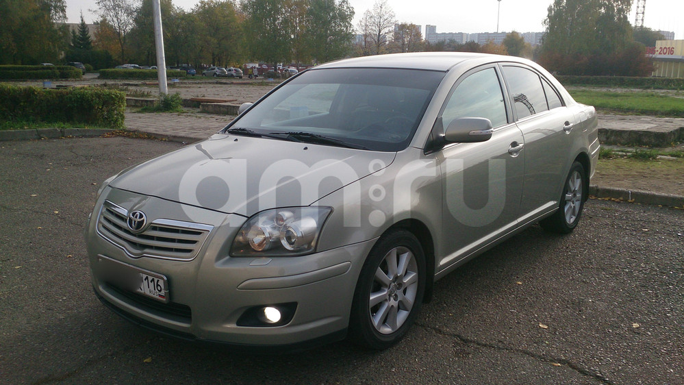 Подержанный Toyota Avensis, отличное состояние, серебряный металлик, 2007 года выпуска, цена 550 000 руб. в республике Татарстане