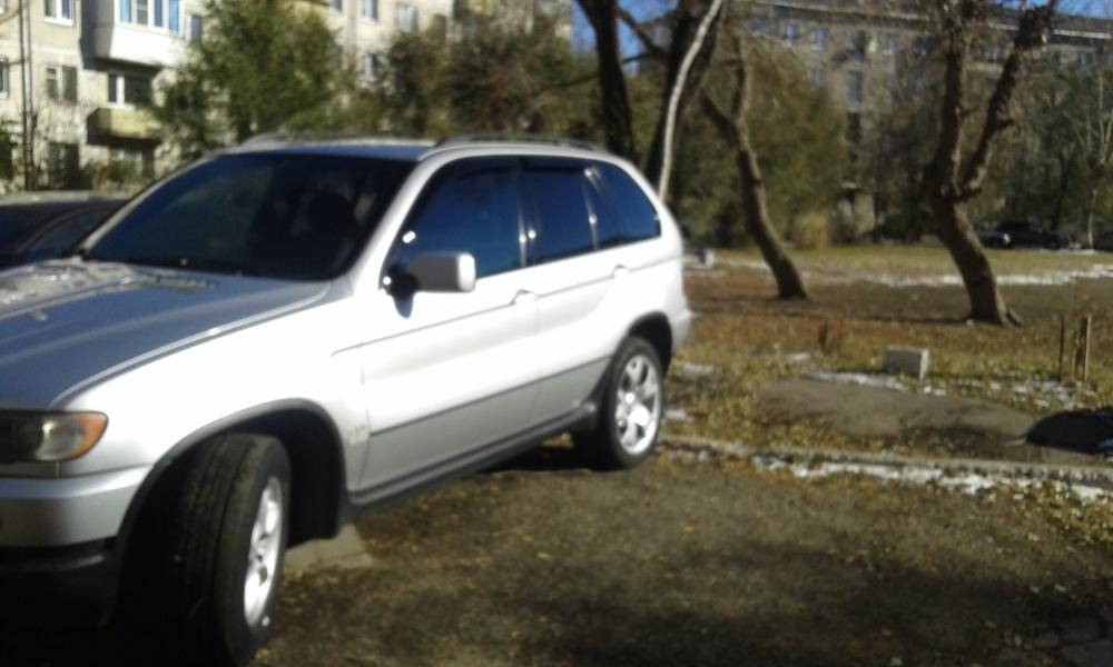 Подержанный BMW X5, отличное состояние, серебряный металлик, 2003 года выпуска, цена 570 000 руб. в Челябинской области