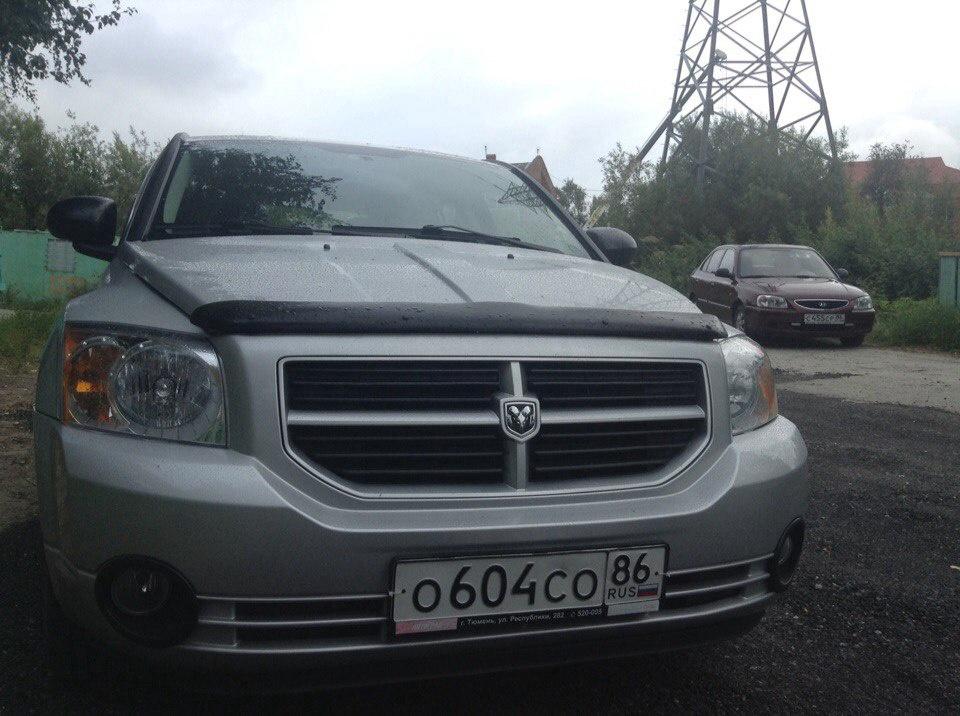 Подержанный Dodge Caliber, отличное состояние, серебряный , 2008 года выпуска, цена 538 000 руб. в ао. Ханты-Мансийском Автономном округе - Югре