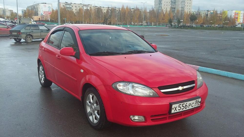 Подержанный Chevrolet Lacetti, среднее состояние, красный , 2006 года выпуска, цена 230 000 руб. в ао. Ханты-Мансийском Автономном округе - Югре