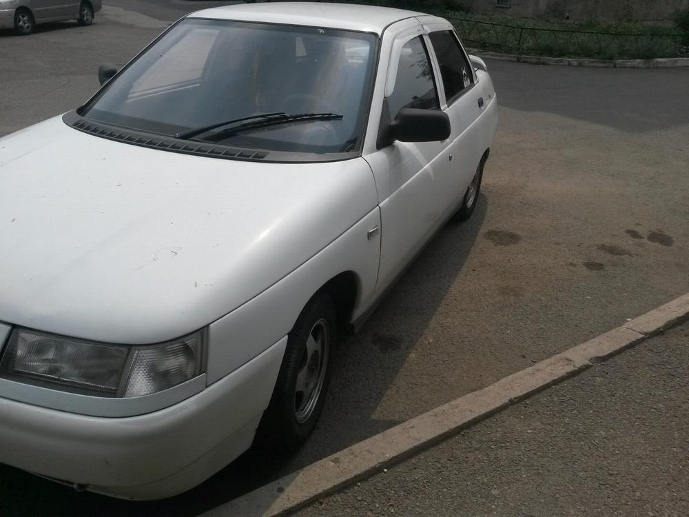 Подержанный ВАЗ (Lada) 2110, хорошее состояние, белый , 2001 года выпуска, цена 75 000 руб. в Челябинской области