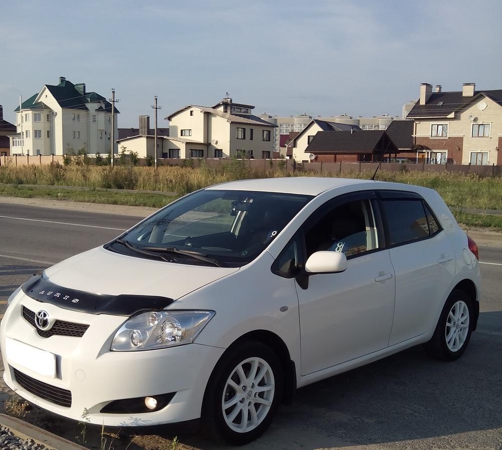 Подержанный Toyota Auris, хорошее состояние, белый , 2008 года выпуска, цена 410 000 руб. в ао. Ханты-Мансийском Автономном округе - Югре