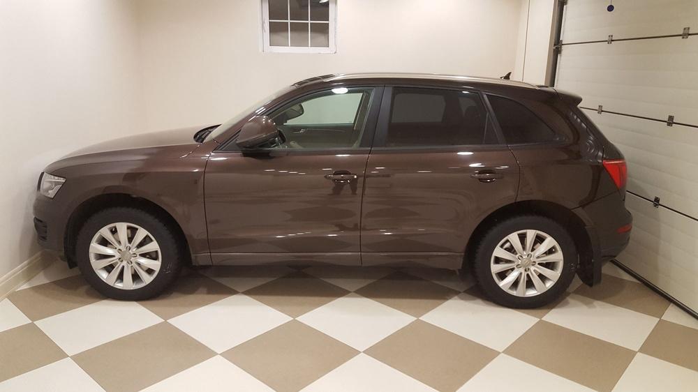Подержанный Audi Q5, отличное состояние, коричневый металлик, 2010 года выпуска, цена 1 200 000 руб. в Челябинской области