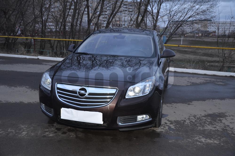 Подержанный Opel Insignia, хорошее состояние, коричневый , 2011 года выпуска, цена 730 000 руб. в республике Татарстане
