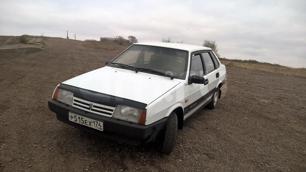 Подержанный ВАЗ (Lada) 2109, хорошее состояние, белый , 1997 года выпуска, цена 58 000 руб. в Челябинской области