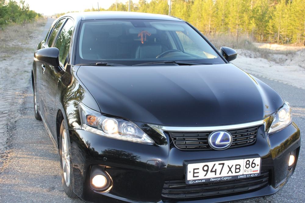 Подержанный Lexus CT, хорошее состояние, черный , 2011 года выпуска, цена 950 000 руб. в ао. Ханты-Мансийском Автономном округе - Югре
