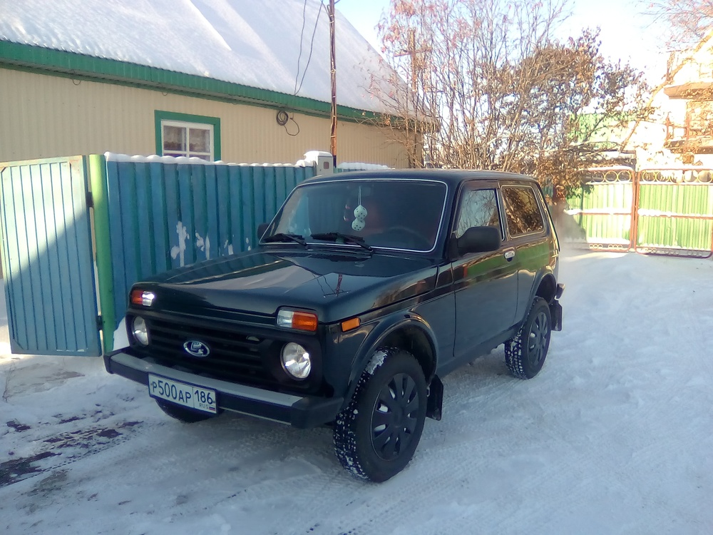 Подержанный ВАЗ (Lada) 4x4, отличное состояние, зеленый металлик, 2013 года выпуска, цена 400 000 руб. в ао. Ханты-Мансийском Автономном округе - Югре