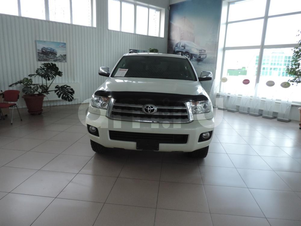 Подержанный Toyota Sequoia, отличное состояние, белый , 2012 года выпуска, цена 4 300 000 руб. в ао. Ханты-Мансийском Автономном округе - Югре