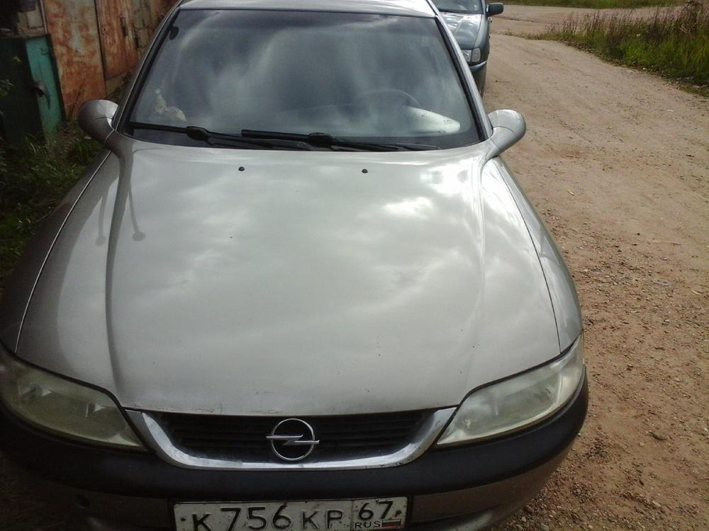 Подержанный Opel Vectra, среднее состояние, серый , 1997 года выпуска, цена 120 000 руб. в Смоленской области