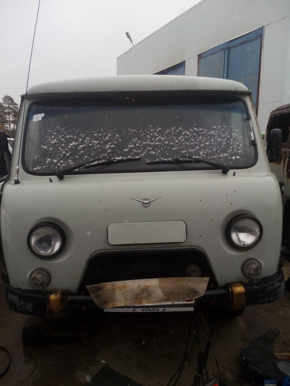 Подержанный УАЗ 39094, среднее состояние, белый , 2009 года выпуска, цена 200 000 руб. в ао. Ханты-Мансийском Автономном округе - Югре