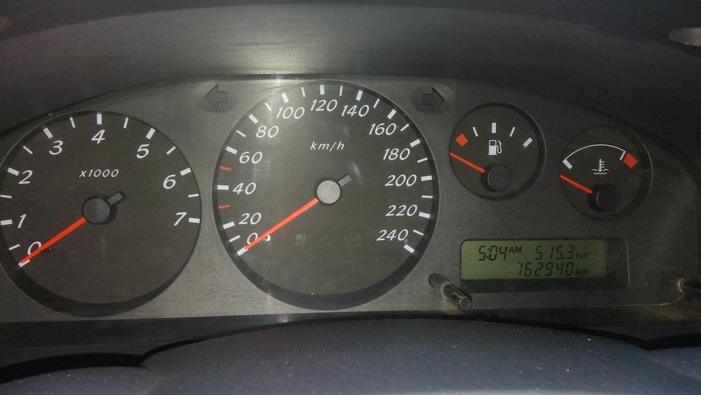 Подержанный Nissan Almera, среднее состояние, бирюзовый , 2002 года выпуска, цена 205 000 руб. в Челябинской области