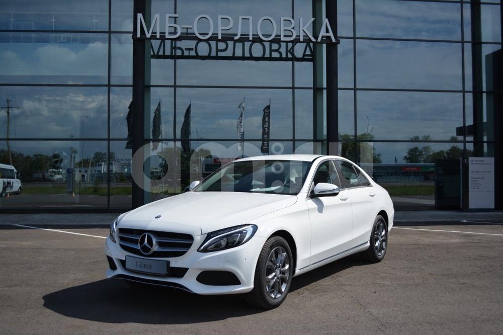 Новый авто Mercedes-Benz C-Класс, белый металлик, 2016 года выпуска, цена 2 200 000 руб. в автосалоне МБ-Орловка (Набережные Челны, тракт Мензелинский, д. 24)