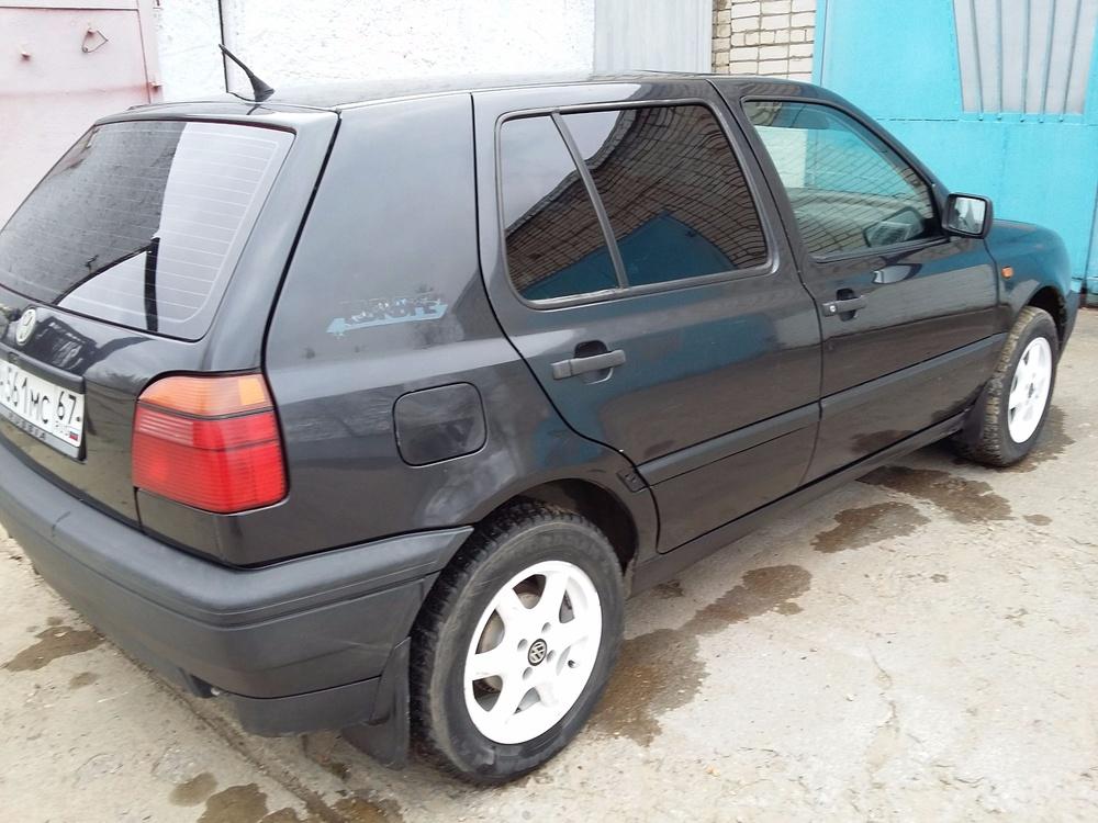 Подержанный Volkswagen Golf, отличное состояние, черный металлик, 1993 года выпуска, цена 132 000 руб. в Смоленской области