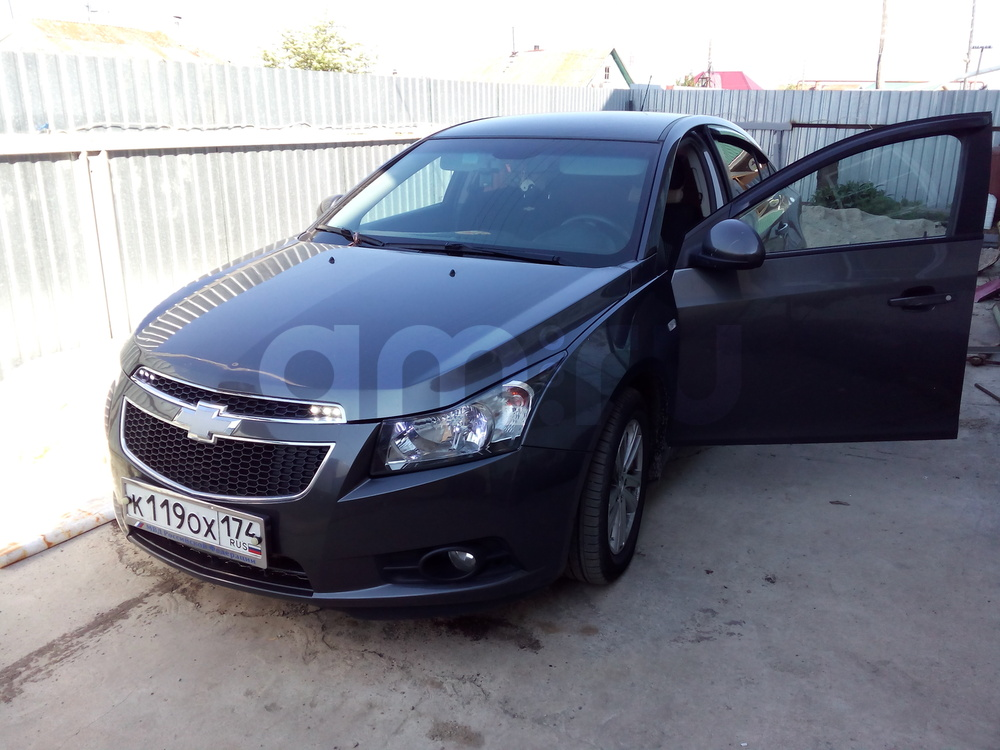 Подержанный Chevrolet Cruze, отличное состояние, мокрый асфальт металлик, 2012 года выпуска, цена 475 000 руб. в Челябинской области