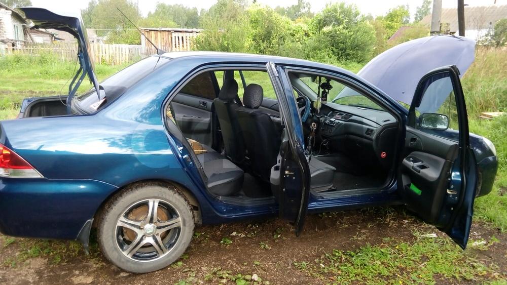 Подержанный Mitsubishi Lancer, отличное состояние, синий металлик, 2004 года выпуска, цена 285 000 руб. в Смоленской области