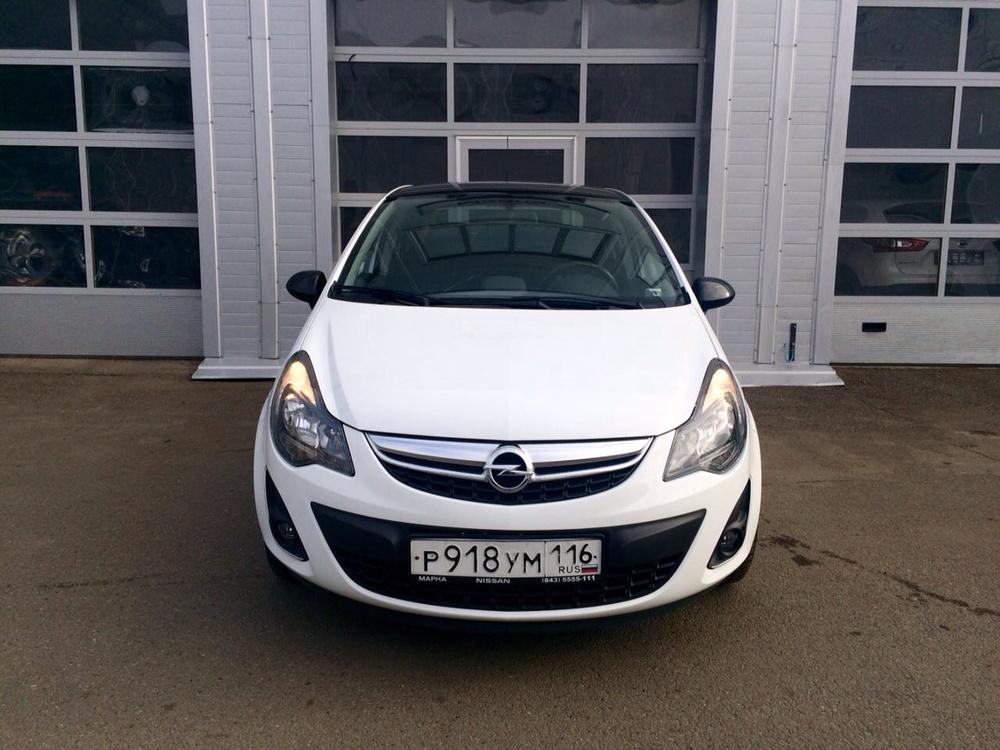 Подержанный Opel Corsa, отличное состояние, белый , 2012 года выпуска, цена 450 000 руб. в республике Татарстане