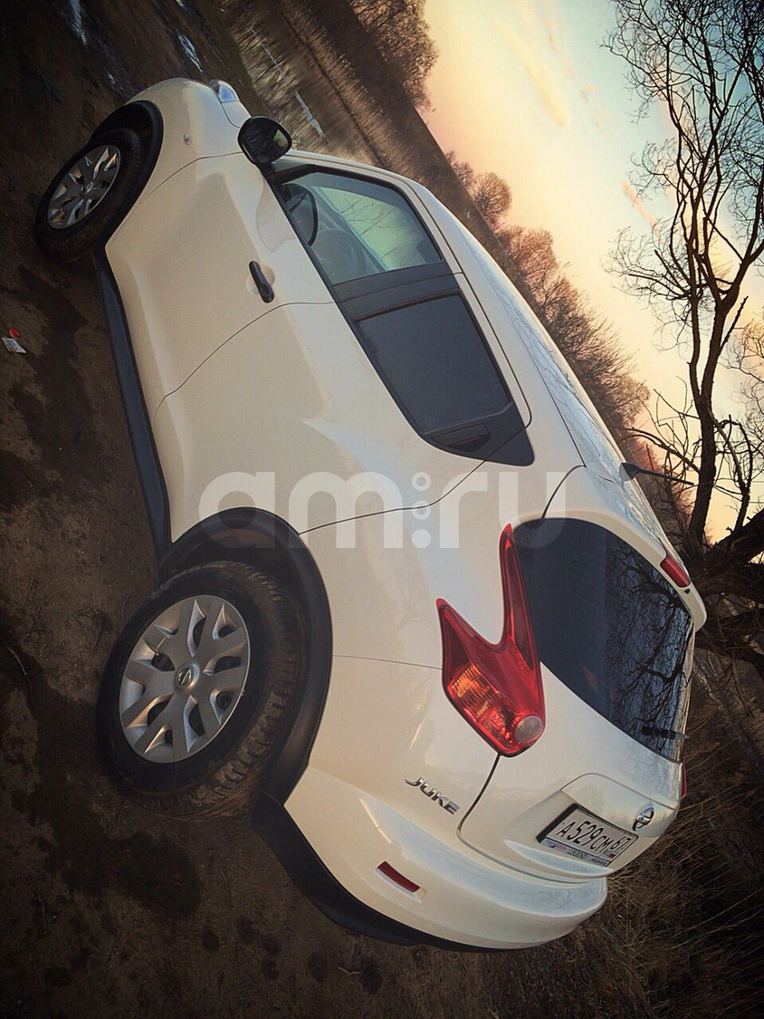 Подержанный Nissan Juke, отличное состояние, белый , 2014 года выпуска, цена 840 000 руб. в Смоленской области