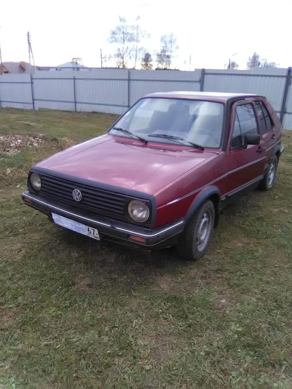Подержанный Volkswagen Golf, плохое состояние, красный , 1986 года выпуска, цена 40 000 руб. в Смоленской области