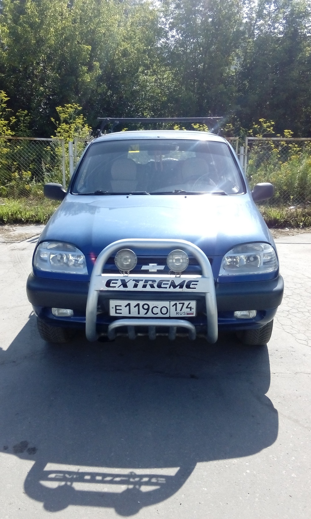 Подержанный Chevrolet Niva, хорошее состояние, синий металлик, 2006 года выпуска, цена 215 000 руб. в Челябинской области