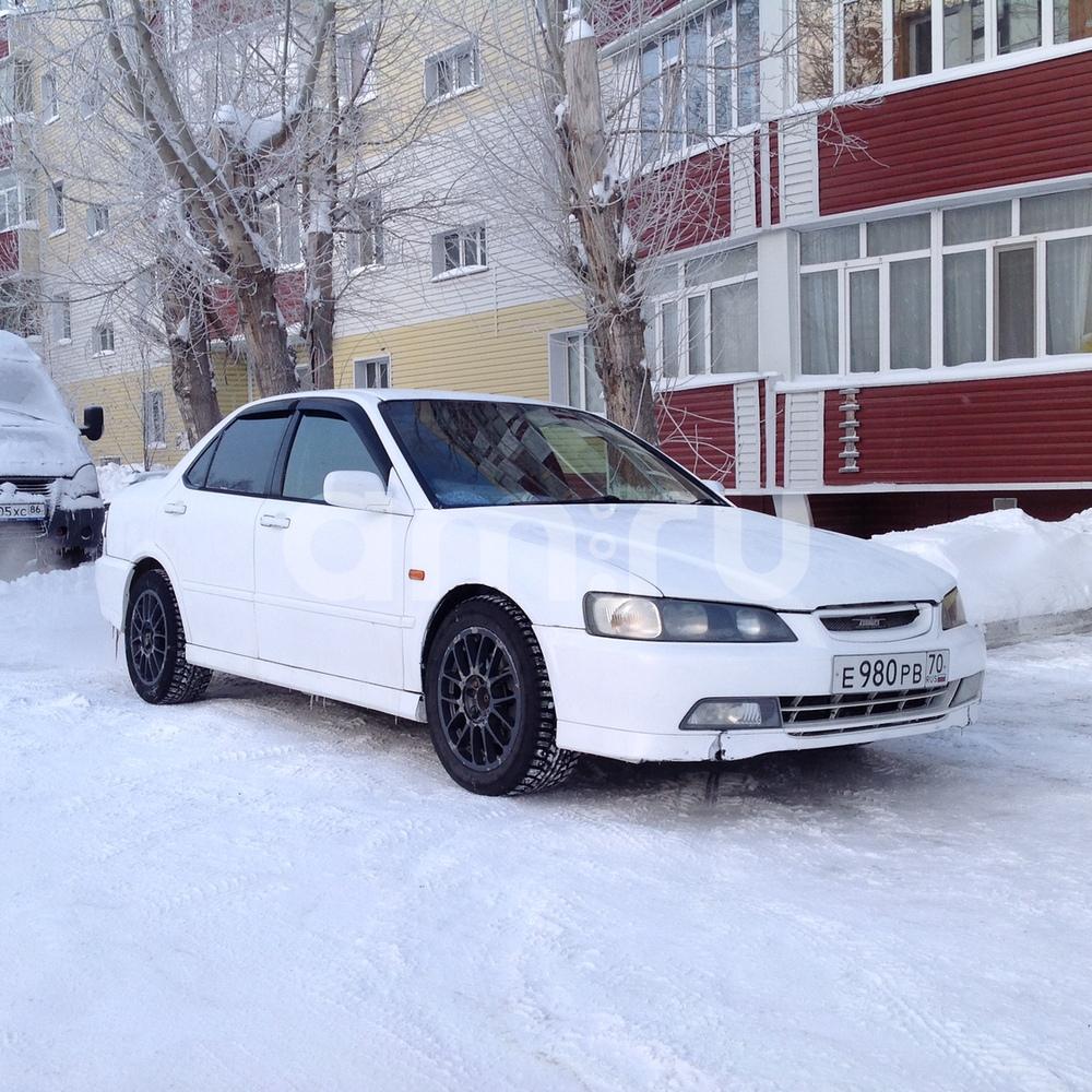 Подержанный Honda Torneo, хорошее состояние, белый , 1999 года выпуска, цена 230 000 руб. в ао. Ханты-Мансийском Автономном округе - Югре