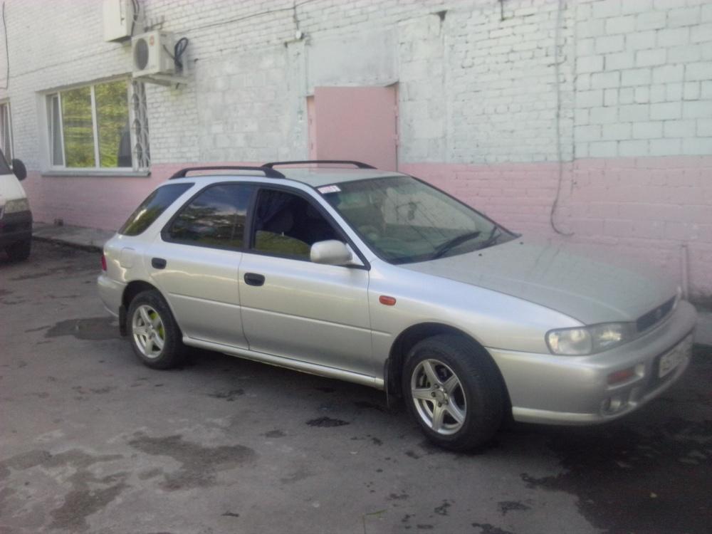 Подержанный Subaru Impreza, хорошее состояние, серебряный , 1997 года выпуска, цена 160 000 руб. в Челябинской области