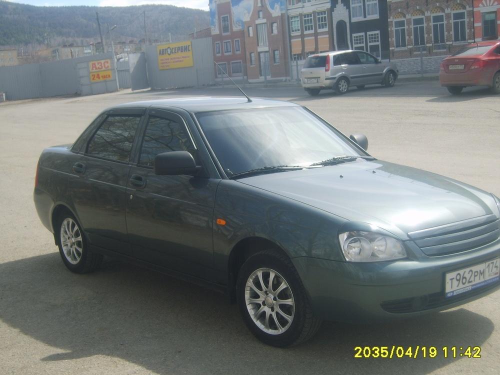 Подержанный ВАЗ (Lada) Priora, отличное состояние, зеленый металлик, 2012 года выпуска, цена 280 000 руб. в Челябинской области